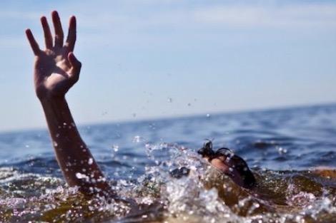 الغرق يسلب حياة طفل بشاطئ أكلو ضواحي تزنيت