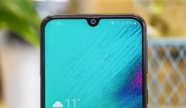 Notch waterdrop Samsung Galaxy A40s