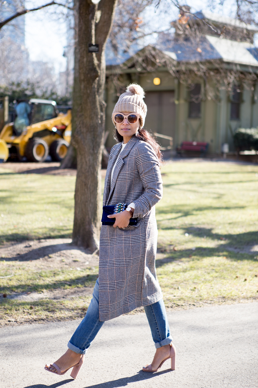 winter style, houndstooth, girlfriend jeans, distressed jeans, winter coat, neutrals, beanie, boston style, petite fashion, pear-shape, petite jeans, elegant, sparkly, party bags