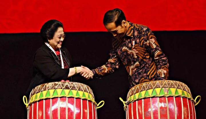 Wow! Deklarasi KAMI Ternyata Juga Muncul di Markas Jokowi