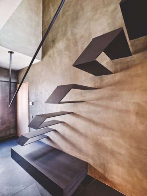 center staircase design