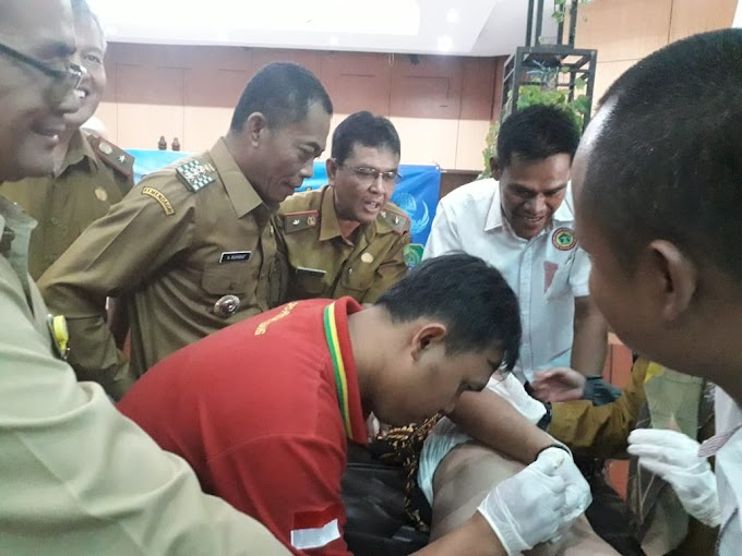 Khitanan Massal Dalam Rangka HUT Korpri Subang