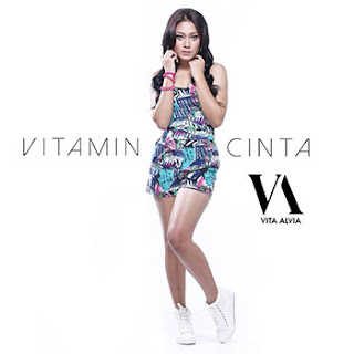 Download Lagu Vita Alvia - Vitamin Cinta Mp3
