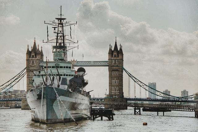 Ship sailing,