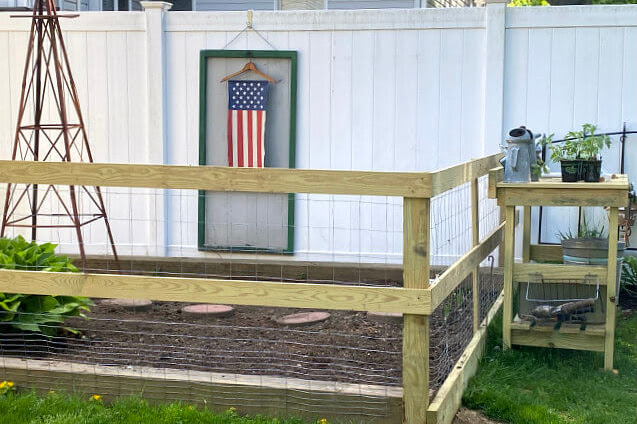 Build a DIY Garden Fence