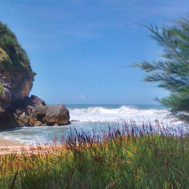 Wisata ke pantai torohudan gunungkidul