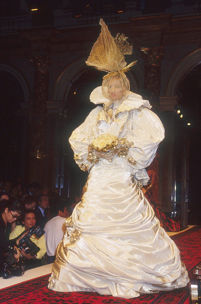 The Most Over The Top Haute Couture Brides Ever  Corinna Bs World