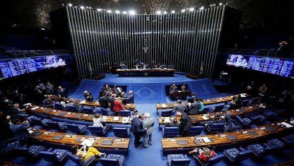 Senado brasileño votará reforma jubilatoria de Bolsonaro