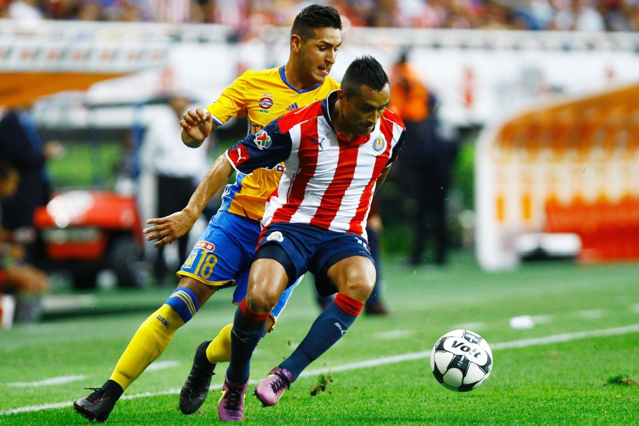'Aris' Hernández dice que la sensación de ser campeón en el Guadalajara es algo indescriptible.