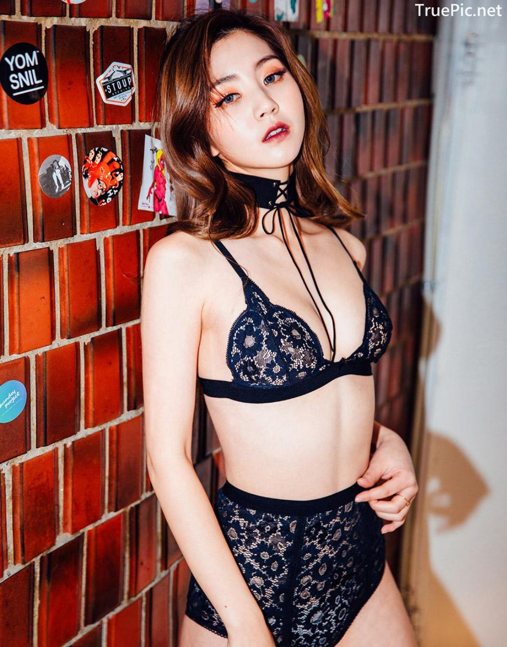 Image-Korean-Fashion-Model–Lee-Chae-Eun–For-Love-and-Lemons-Lingerie-Set-TruePic.net- Picture-2