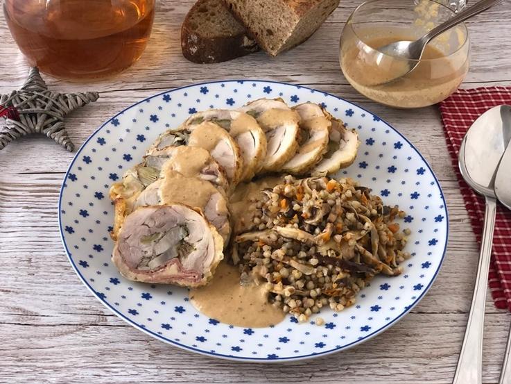 Muslos de pollo rellenos con guarnición de trigo sarraceno