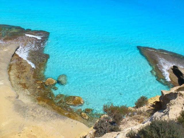 شاطئ عجيبة مرسي مطروح