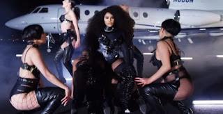 Lil Kim Go Awff video
