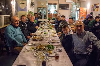Δείπνο στην ομάδα του ΠΙΕΡΙΚΟΥ παρέθεσε ο Βασίλης Τσακιρίδης με αφορμή τις αγωνιστικές επιτυχίες