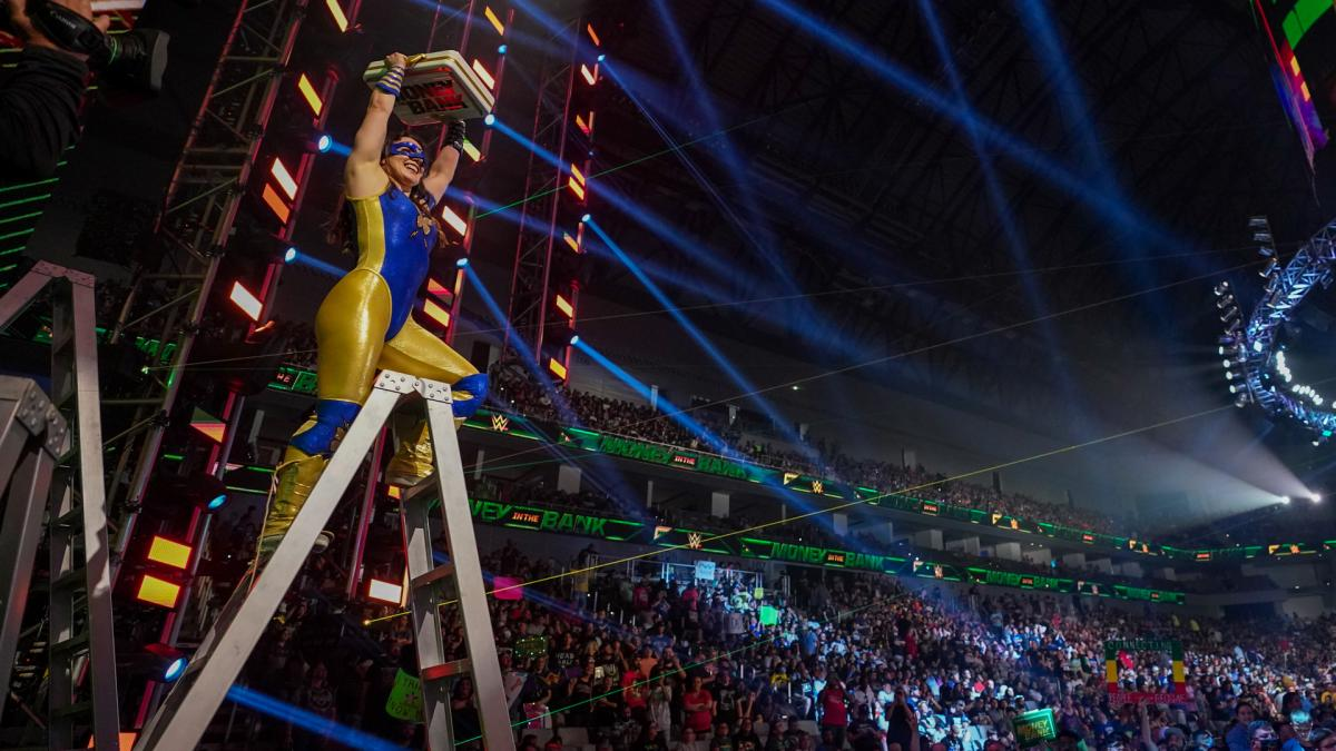 Nikki A.S.H. se torna Ms. Money in the Bank