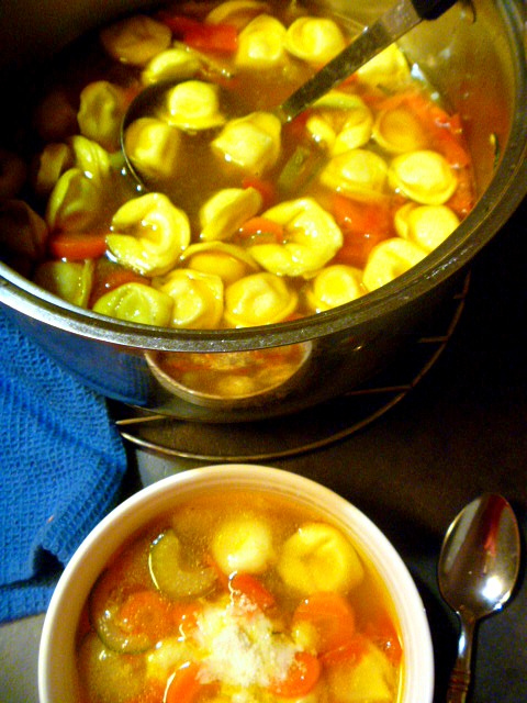 Seriously Good Tortellini Vegetable Soup:  A basic vegetable soup with tortellini made in 40 minutes!  Slice of Southern