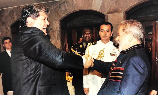 En la ceremonia también estuvo el presidente Luiz Inácio Lula da Silva, que había llegado al Perú por esos días para reunirse con García