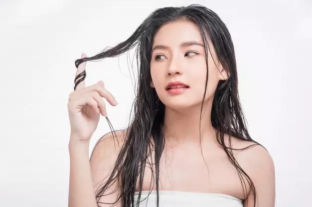 Cara Mengatasi Rambut Berminyak, Kering, dan Rontok