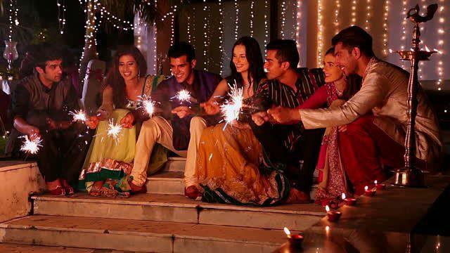 diwali pose for family