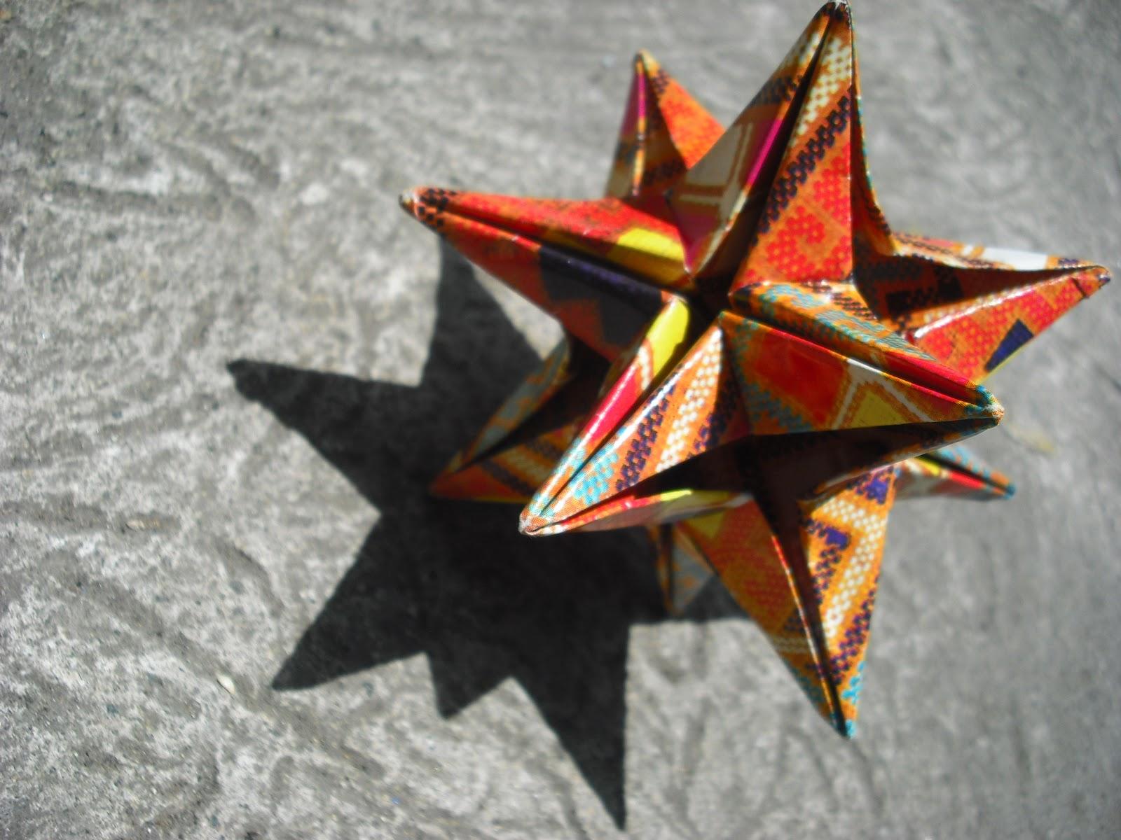 Origami Slinky - non modular version - Jo Nakashima | 1200x1600