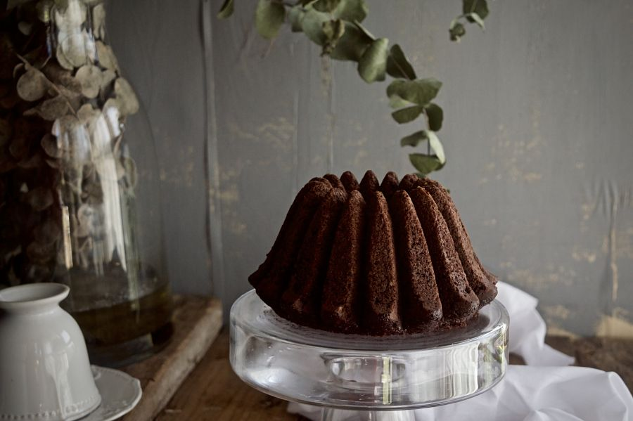 chocolate-mayonnaise-bundt-cake