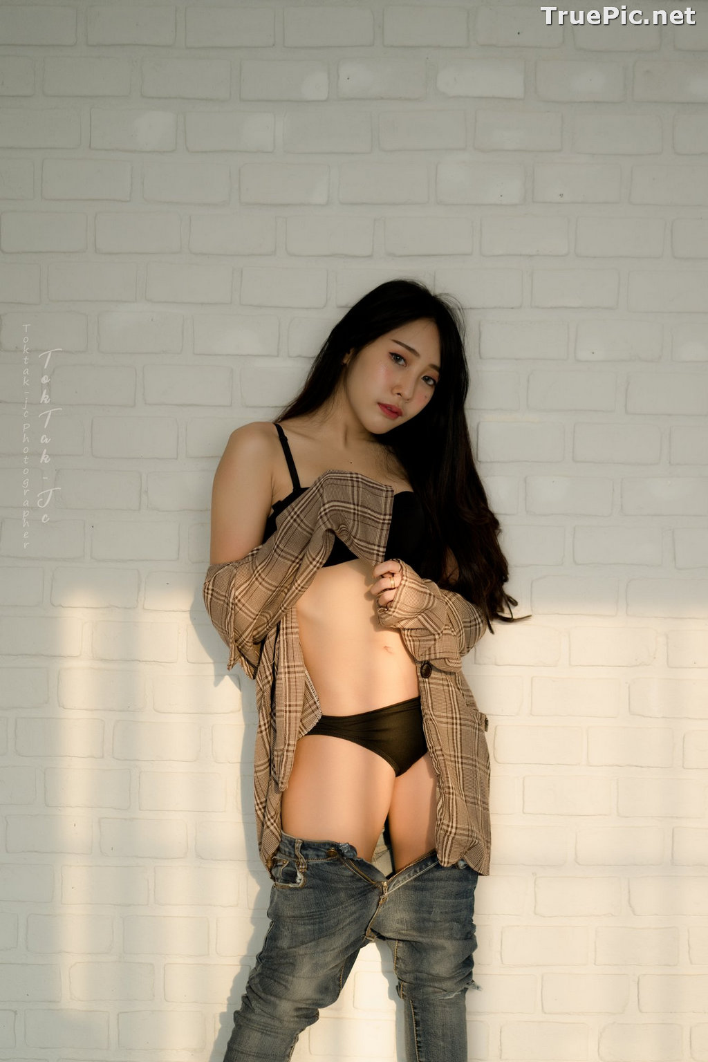Image Thailand Model - Suneta Ngachalvy - Black Lingerie and Jean - TruePic.net - Picture-19