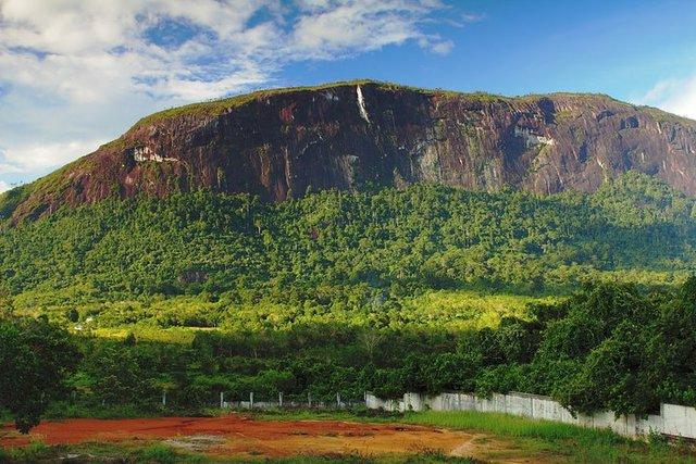 Bukit Kelam, Ayers Rock-nya kalimantan barat indonesia