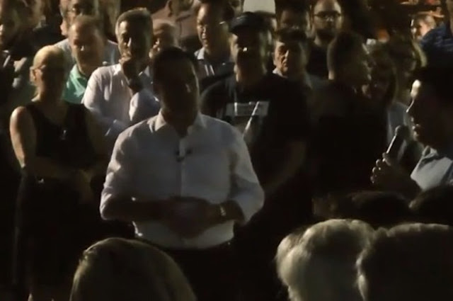Αγωνία για το δημογραφικό στην Ελλάδα - Η παρέμβαση 36χρονου πολύτεκνου σε προεκλογική ομιλία