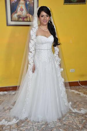 Alquiler de vestidos de novia en trujillo peru