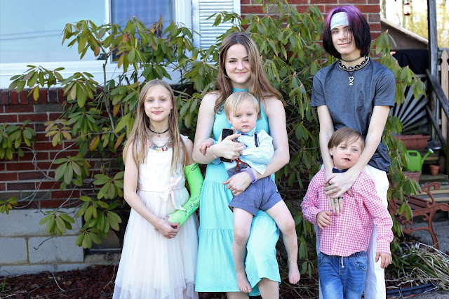 big family blogger