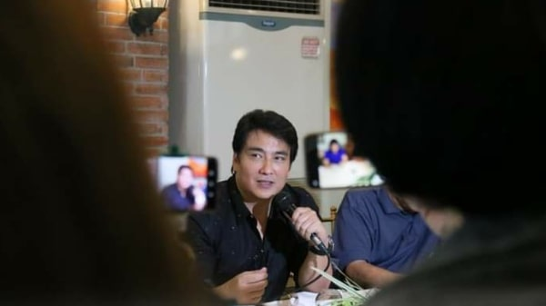 Revilla seeks to double leave benefits of gov't officials, workers
