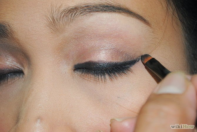 How to put eye makeup on brown eyes