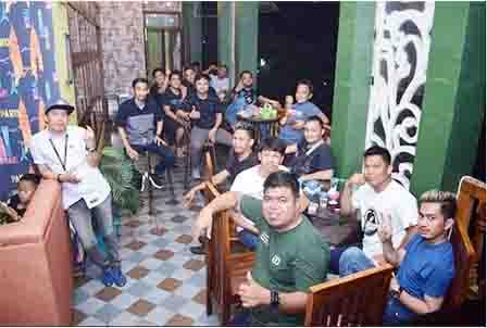 GRAND 99 Cafe & Resto