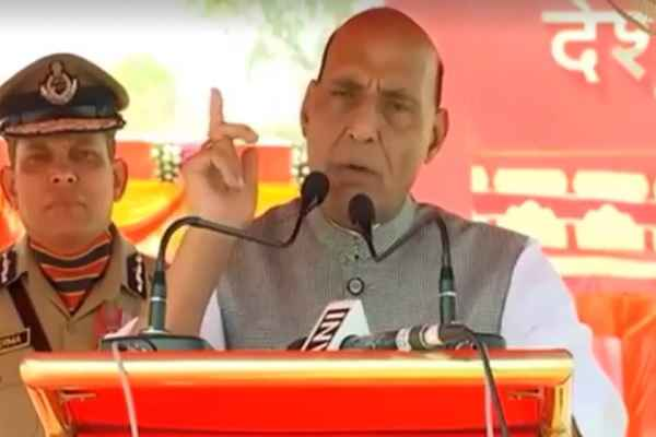 rajnath-singh-told-pakistan-and-bangladesh-border-will-be-sealed