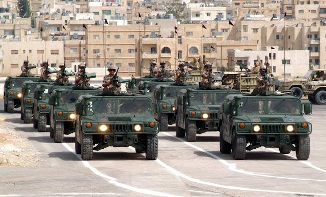 Homens armados lançaram ataques coordenados em patrulhas de segurança na Jordânia