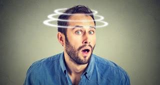 Kulak Kristali Oynaması Belirtileri ve Tedavisi