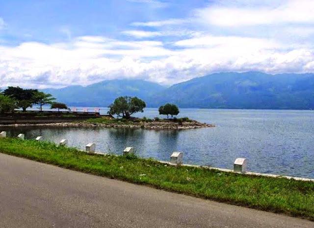 Foto Danau Singkarak Sumatera Barat