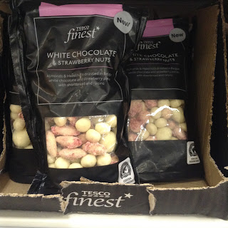 Tesco Finest White Chocolate & Strawberry Nuts