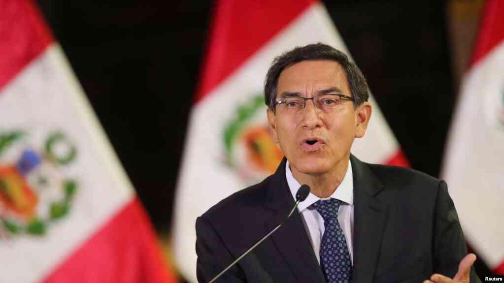 El presidente de Perú, Martín Vizcarra se dirige a la nación, para anunciar que ha decidido disolver el Congreso. Foto Presidencia del Perú. Sept. 30 de 2019 / REUTERS