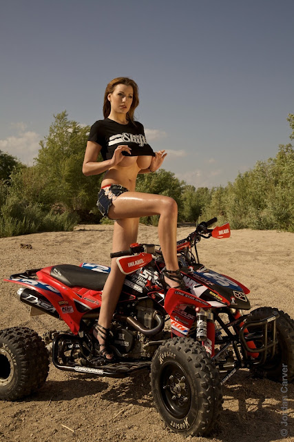 Jordan-Carver-ATV-famous-hot-sexy-photo-shoot-image-13