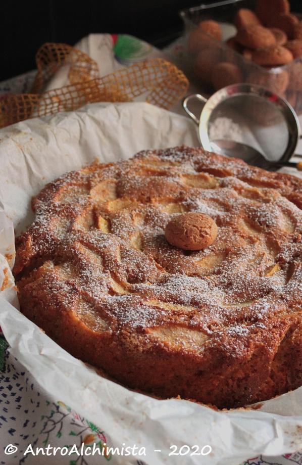 Torta Antica di Mele, Amaretti e Cocco