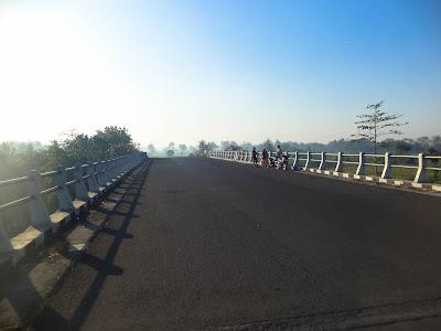 jembatan pelintas muara lumajang