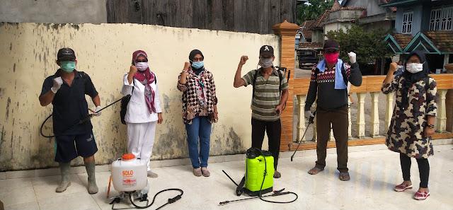 Antisipasi Penyebaran Virus Corona, kelurahan Tanjung Raja Lakukan Penyemprotan Disinfectan