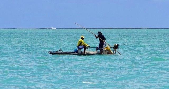 Cara Mencari Spot Mancing di Laut