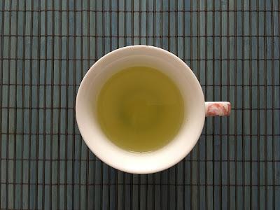 tasse de shencha yame, d'un vert merveilleux