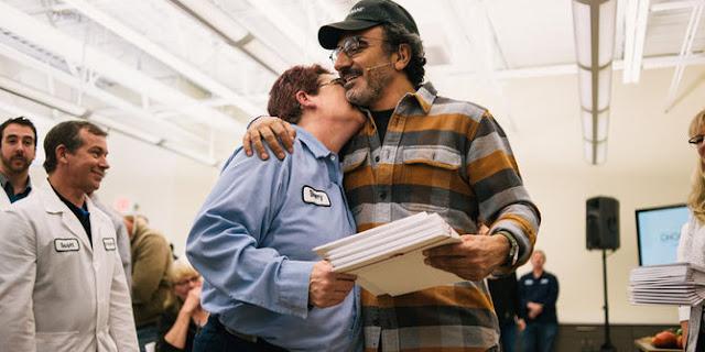 Subhanallah, Bos Muslim Di Amerika Ini Bagi-Bagi Saham, 2 Ribu Karyawan Mendadak Jadi Jutawan