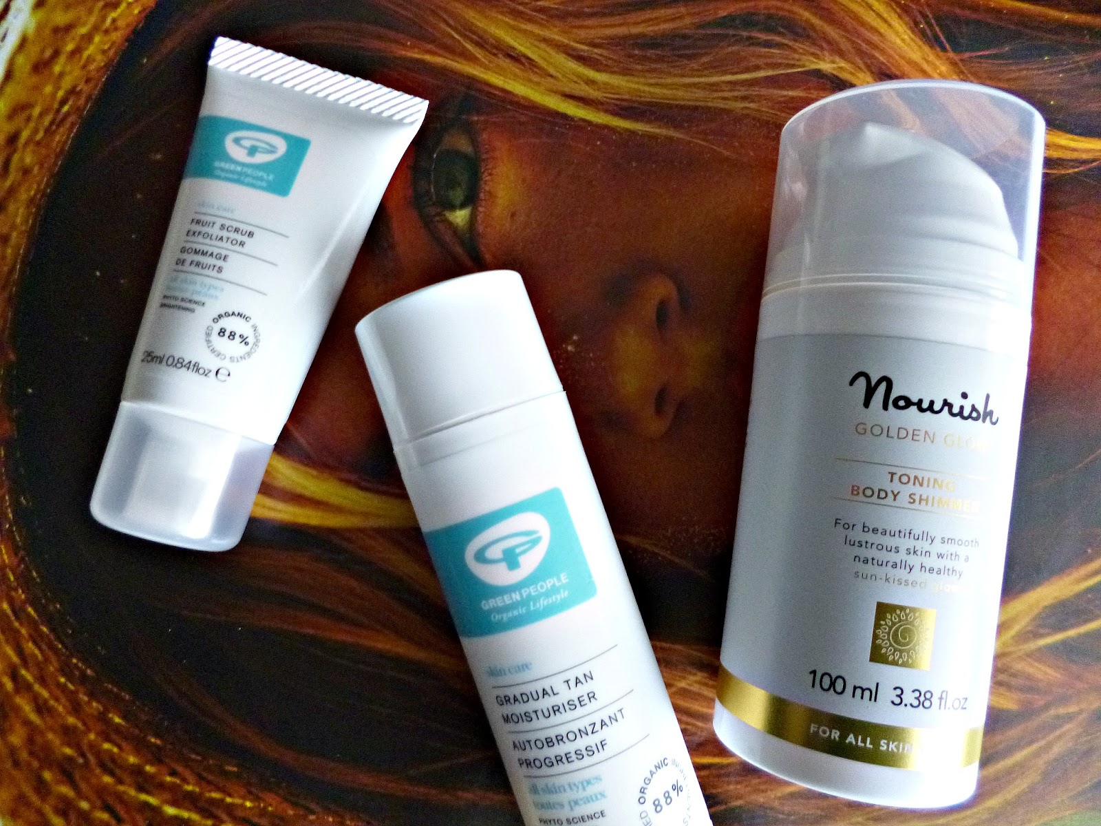 Keep your summer glow with Nourish and Green People