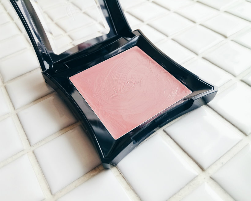 Illamasqua Cream Blush in Zygomatic
