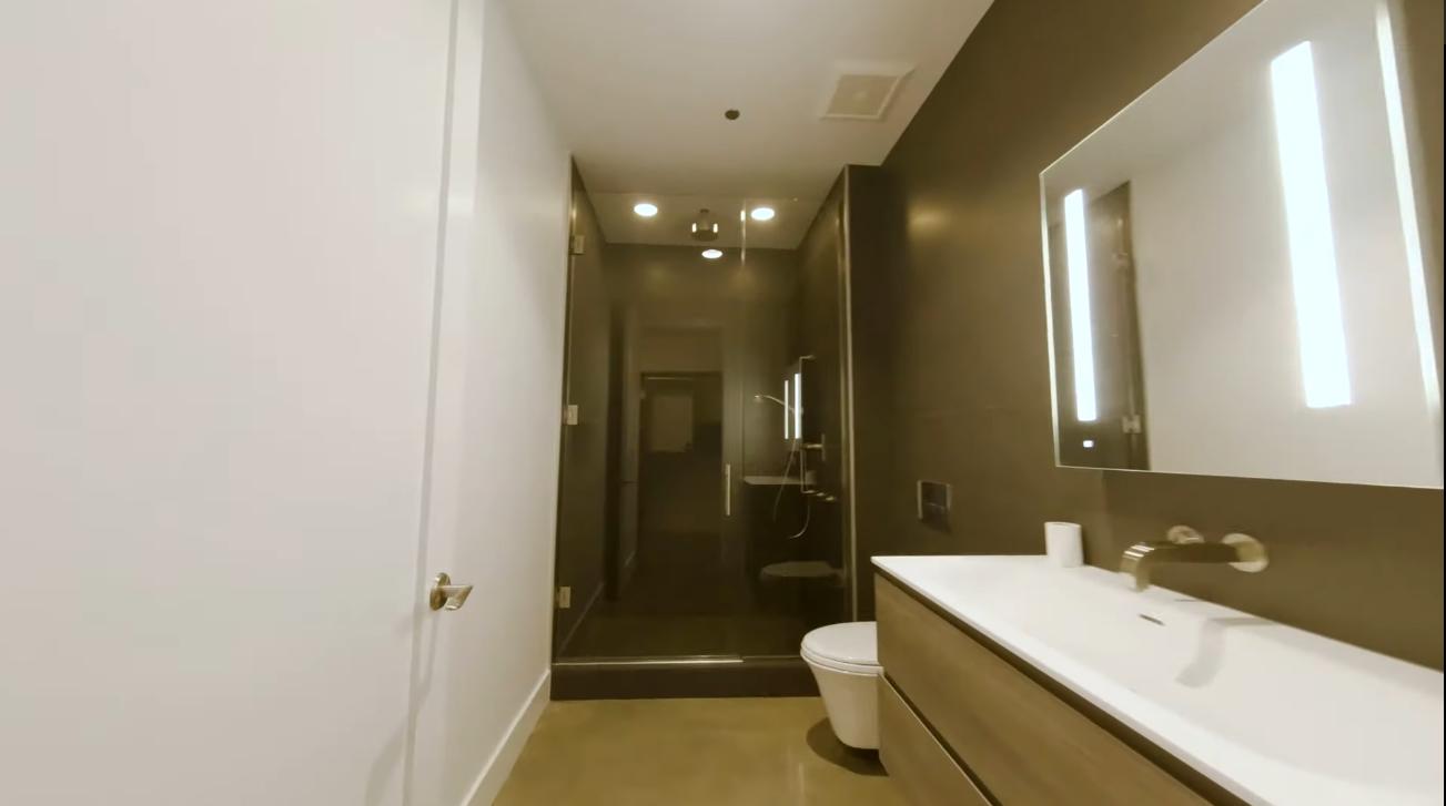 Luxury Condo Interior Design Tour vs. 900 W Washington Blvd #202 Chicago, IL 60607