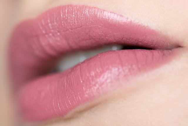 "NYX Matte Lipstick ""Whipped Caviar"" отзывы"